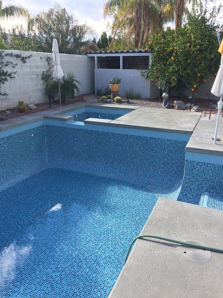 Home desert glass pools inc for Pool design tiles