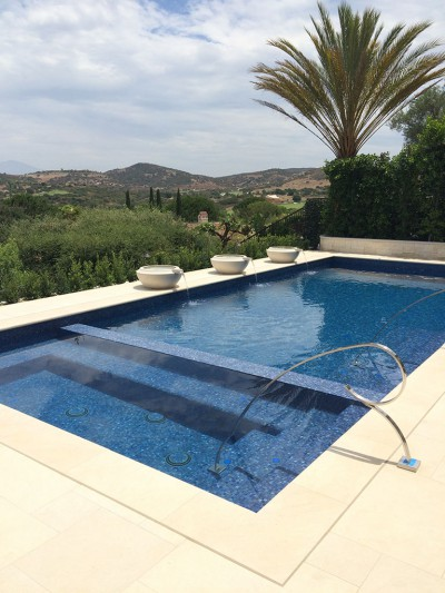 Shady Canyon New Gold Azul Glass Tile Pool & Spa