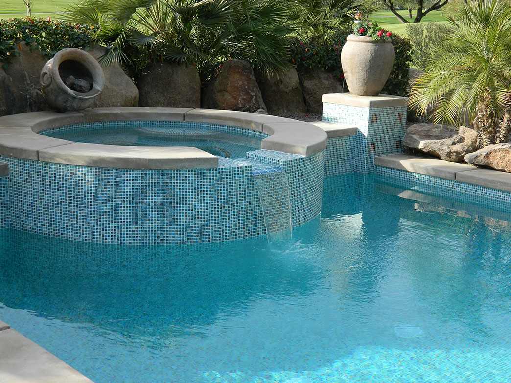 La quinta pool spa remodel spillway redesign pilaster for Pool redesign