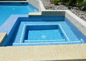 South Palm Springs spa remodel, Blue/Gold tile, double line Ivory accent